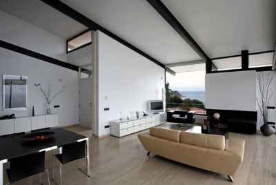 Designer villa with sea views in Costa Brava